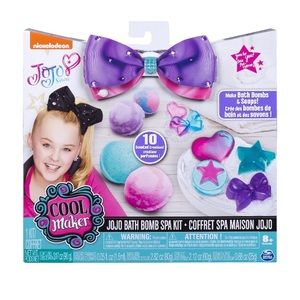 JoJo Siwa Bath Bomb and Soap Spa Kit - NEW in Box